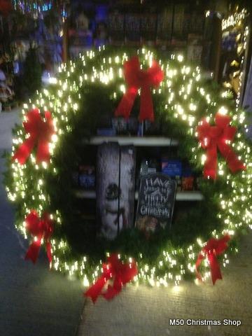 Christmas Lighted Garlands.Garlands Wreaths